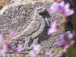 Der Adler im Artemidoros-Heiligtum symbolisiert den Gott Zeus. (c) Tobias Schorr