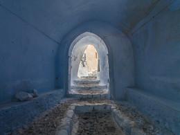 Gang zur mittelalterlichen Festung. Pyrgos/Santorini (c) Tobias Schorr, April 2017