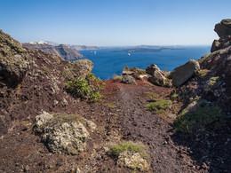Im Bereich eines ehm. Vulkans oberhalb von Ia. (c) Tobias Schorr
