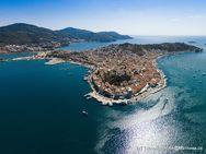 Auch ein Aufenthalt im Saronischen Golf ist machbar! Insel Poros. (c) Tobias Schorr