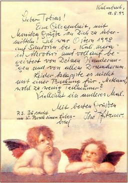 Rückmeldung von Ilse Pfitzner, die 1998 eine der Santorinreisen von Natur & Kultur Wanderreisen mit Tobias Schorr erlebte.